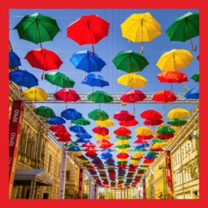 печать на баннере для фестиваля парящих зонтиков
